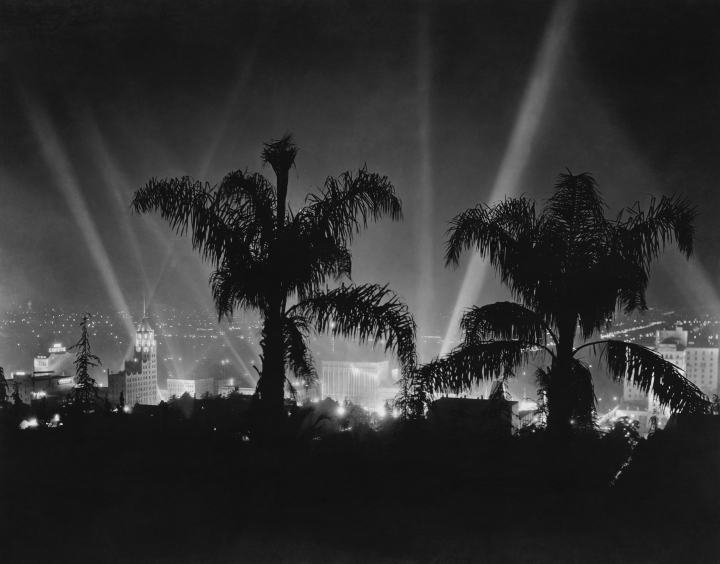 hollywood_at_night_vintage